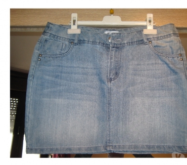 Photos Vivastreet mini jupe en jeans Taille 40