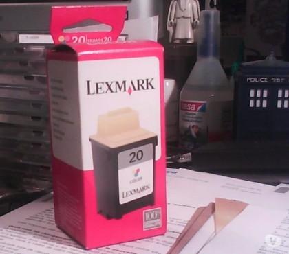 Photos Vivastreet cartouche d'encre couleurs n°20 (15M0120) neuve pour Lexmark