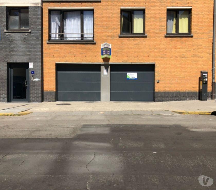 Location parking & garage Ixelles - 1050 - Photos Vivastreet Parking à louer - te huur Gare d'Etterbeek Juliette Wytsman
