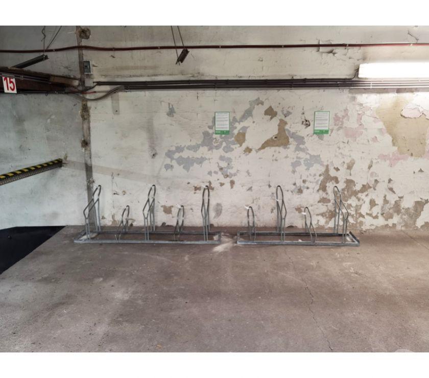 Location parking & garage Bruxelles Bruxelles - 1000 - Photos Vivastreet Parking Vélo - te huur Quai Bassin Vergote
