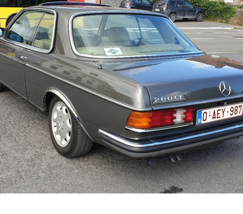 Voitures de collection Tournai Tournai - 7500 - Photos Vivastreet Mercedes 280CE