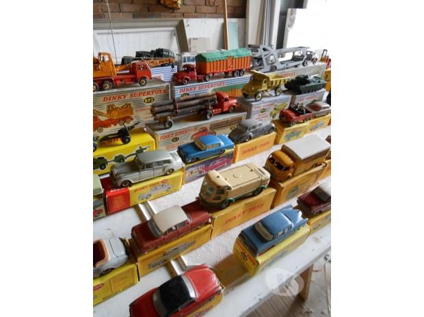 Collections Bruxelles Bruxelles - 1000 - Photos Vivastreet Collection 101 véhicules dinky toys et supertoys