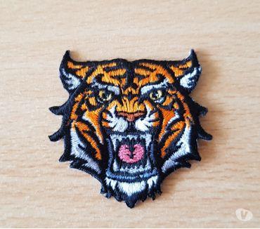 Photos Vivastreet Ecusson brodé Petite tête de tigre modèle 1