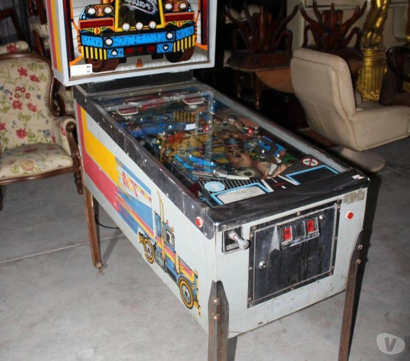 Video-juegos Albacete - Fotos de Pinballs recreativas accesorios y repuestos de los 80