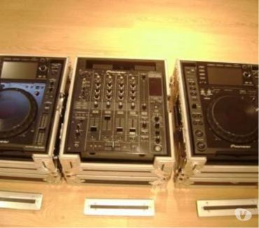 Photos Vivastreet PIONEER CDJ 2000 + DJM 800 AVEC FLIGHT CASE