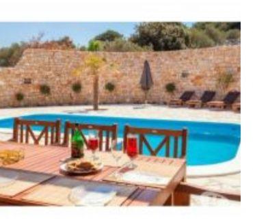 Photos Vivastreet Murter, jolie villa avec piscine pour 8 personnes