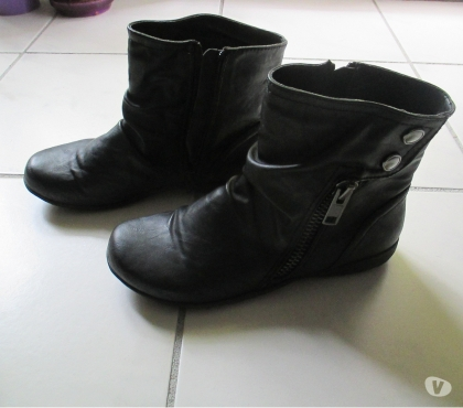 Photos Vivastreet Bottines noires taille 37