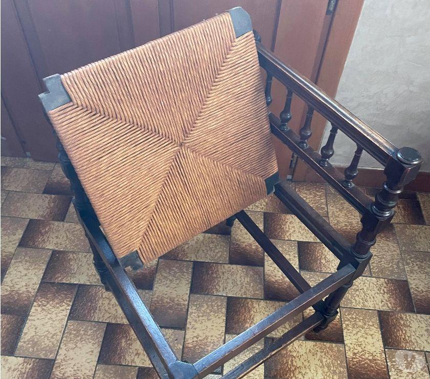Photos Vivastreet chaise basse paillée
