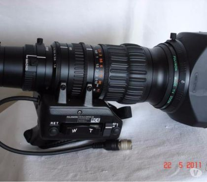 Photos Vivastreet GRAND ANGLE SONY VCL--HG 0872 POUR SONY HVR-Z1 OU HDR-FX1