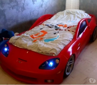 Photos Vivastreet Lit design forme voiture corvette