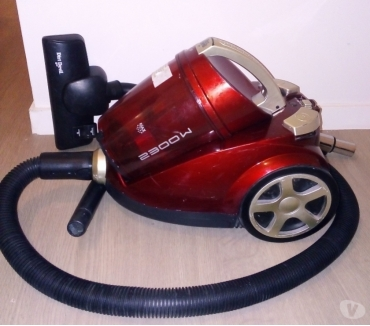 Photos Vivastreet Aspirateur sans sac 2300 W Dirt Devil Occasion