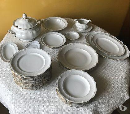 Photos Vivastreet Service de table porcelaine et couverts argent
