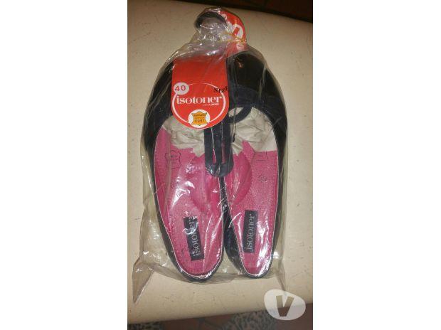 Photos Vivastreet Chaussure taille 40 isotoner