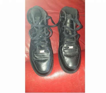 Photos Vivastreet CHAUSSURES BASKET HAUTES NIKE AIR POINTURE 47,5 NOIR :