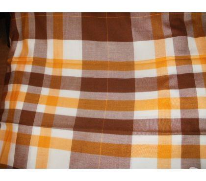Photos Vivastreet Grande nappe rectangulaire à carreaux 150 x 300 cm