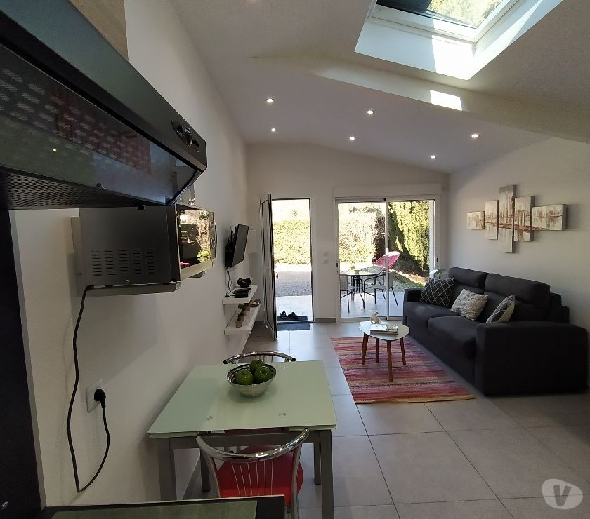 location saisonniere Alpes-Maritimes Peymeinade - 06530 - Photos Vivastreet LOUE studio meublé 06 ..semaine ou mois