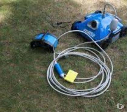 Photos Vivastreet robot de nettoyage piscine astral réaction