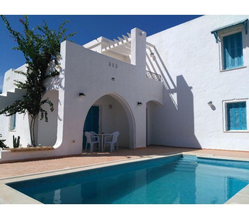 Photos Vivastreet Villa récente avec Piscine -DjerbaMidoun