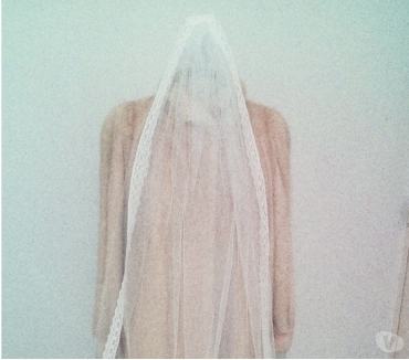 Photos Vivastreet Vends 2 voiles magnifique de mariées tulle ivoires
