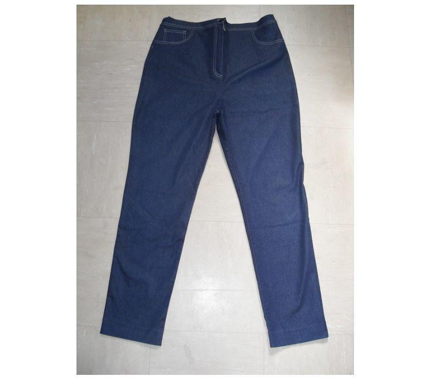 Vêtements occasion Gironde Floirac - 33270 - Photos Vivastreet Pantalon de grossesse en jeans