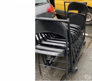 Photos Vivastreet Chariot pour transport de chaise avec 12 chaises noir