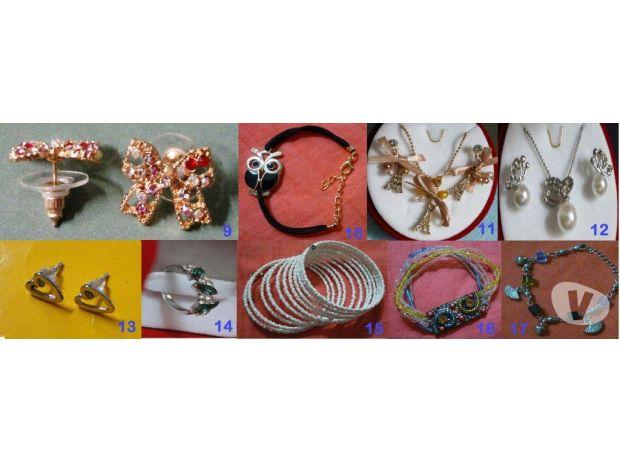 Photos Vivastreet Lot de bijoux collier bracelet boucles neuf