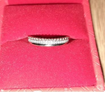 Photos Vivastreet Bague or jaune diamants NEUVE taille 54