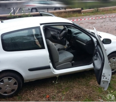 Photos Vivastreet Renault CLIO 2 SOCIETE 1.5 dCi AUTHENTIC
