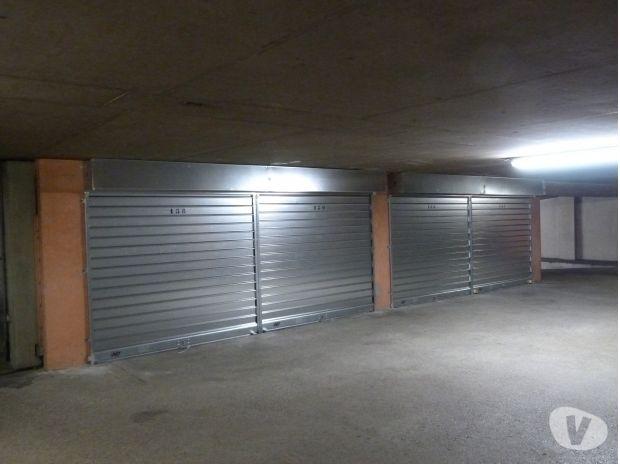 Photos Vivastreet 69004 Garage à louer place Croix Rousse