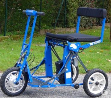 Photos Vivastreet Scooter électrique pliable électriquement Diblasi Bleu