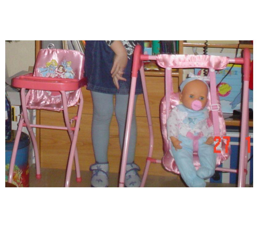 Photos Vivastreet Balancelle et chaise haute Disney pour poupon