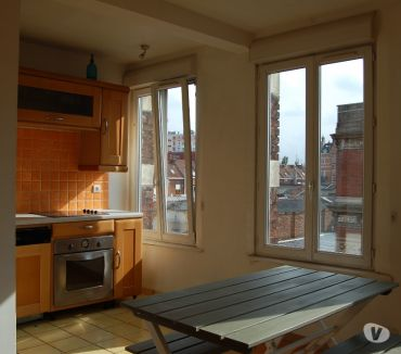 Photos Vivastreet LILLE CENTRE GRAND APPARTEMENT DUPLEX STATIONNEMENT GRATUIT