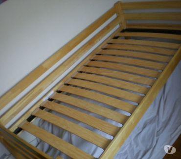 Photos Vivastreet Cadre de lit en Hévéa massif 1 personne