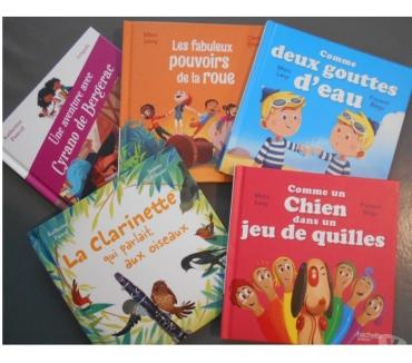 Photos Vivastreet Livres hachette jeunesse