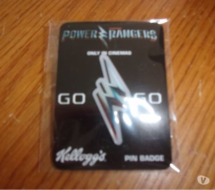 Photos Vivastreet Pin's en forme d'éclair Power Rangers (Neuf)