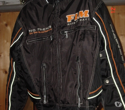 Photos Vivastreet Blouson motard
