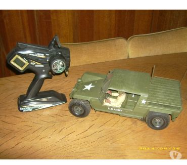 Photos Vivastreet Voiture rc lamborghini militaire