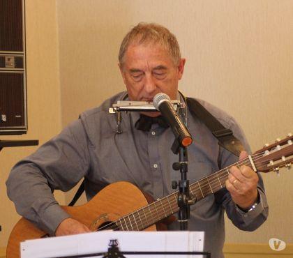 Photos Vivastreet Concert guitare,harmonica et chant pour les ainés