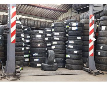 Photos Vivastreet Destock pneus 25535r18 michelin montage offert