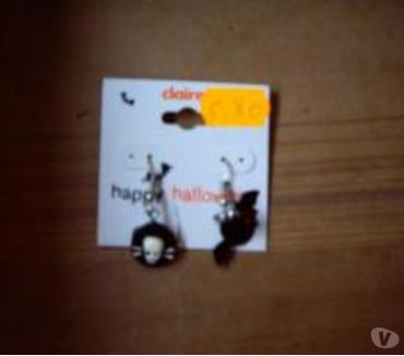 Photos Vivastreet Boucles d'Oreilles pour Halloween à petits prix