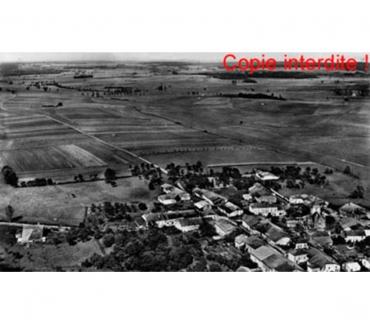 Photos Vivastreet Urville - vue semi-aerienne, N & B argentique, 27x45cm, 1957