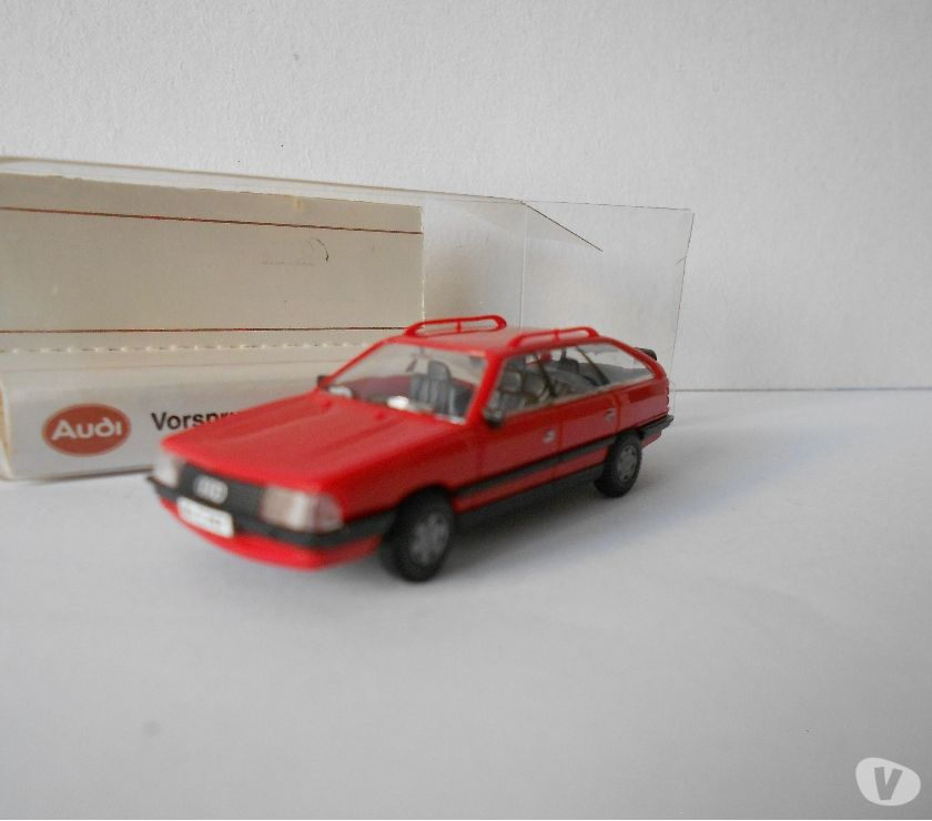 Photos Vivastreet HO 187 RIETZE AUDI 200 AVANT CUSTOMISEE N°1