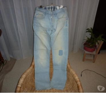 Photos Vivastreet Jean bleu délavé T 38 Bershka