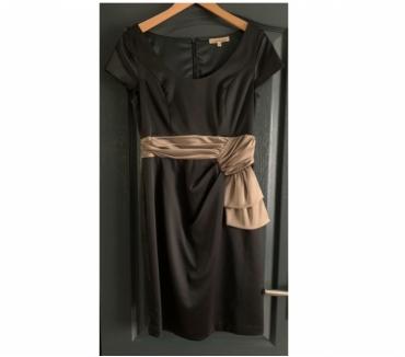 Photos Vivastreet Neuve très belle robe Manoukian