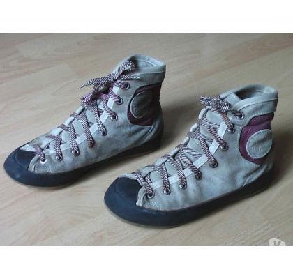 Photos Vivastreet Chaussures de Varappe T38,5