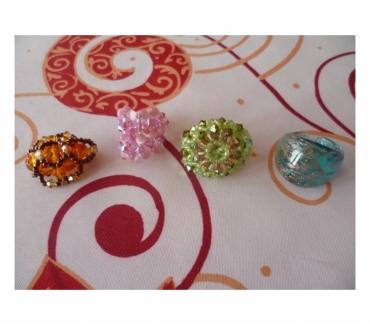 Photos Vivastreet Lot BagueS perles bijoux mode TV main soirée fete