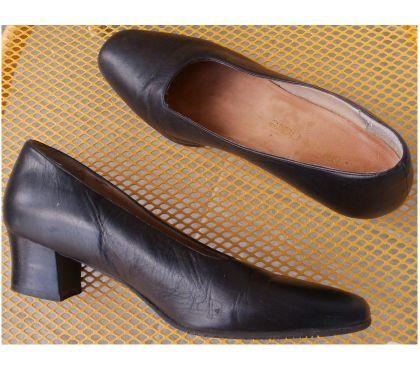 Photos Vivastreet Chaussures fermée, escarpins MARIE CLAIRE P38