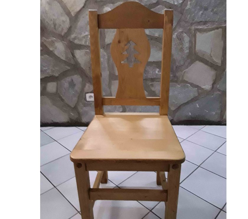 Ameublement & art de la table Isère Allevard - 38580 - Photos Vivastreet Chaise en bois d'épicéa