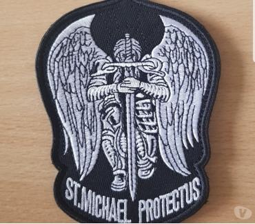 Photos Vivastreet ecusson brodé saint michael protect us 9x12 cm à coudre