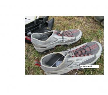 Photos Vivastreet Chaussure de sport